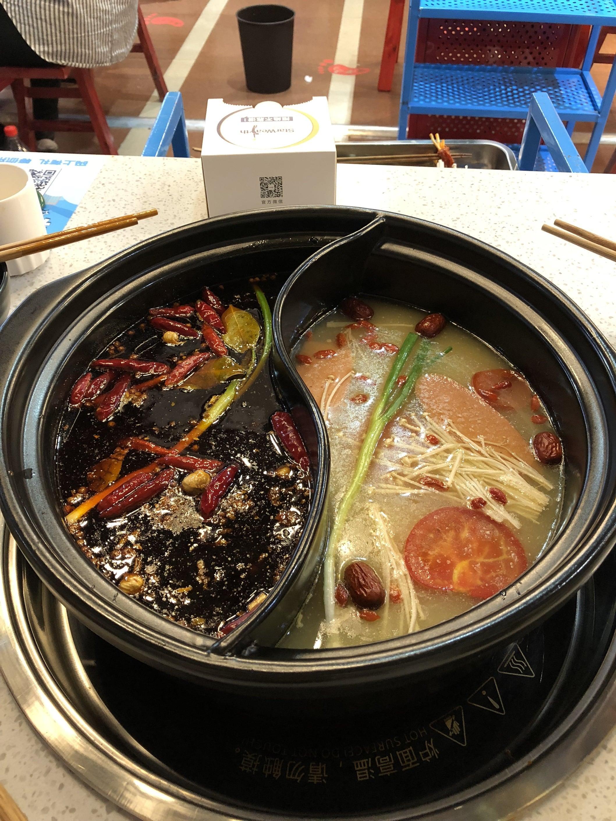 Wie man Feuertopf / Hot Pot / Huo Guo selbst Zuhause zubereiten kann