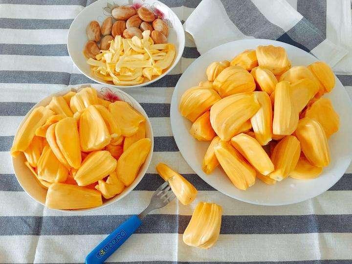 Die Jackfrucht – Wie sie schmeckt und riecht