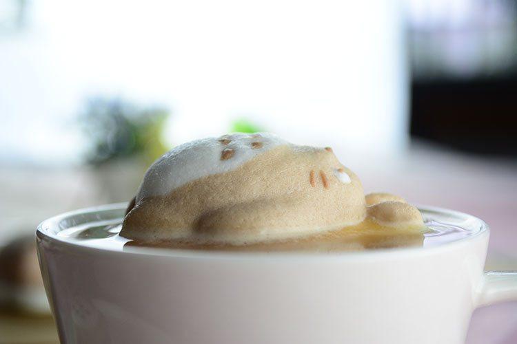 ☃ Marshmallow Totoro für den Kaffee