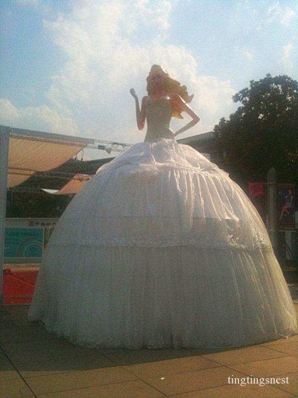 Die Riesen Barbie in Ningbo